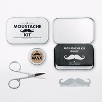 Moustache%20grooming%20kit%201